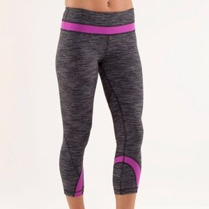 Lululemon Run Inspire Crop ll Wee are from Space 8